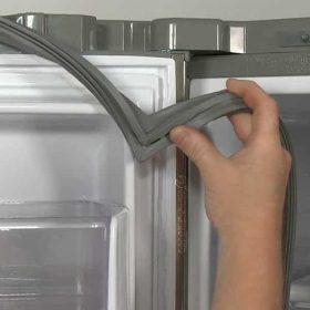 تعویض لاستیک درب یخچال ال جی